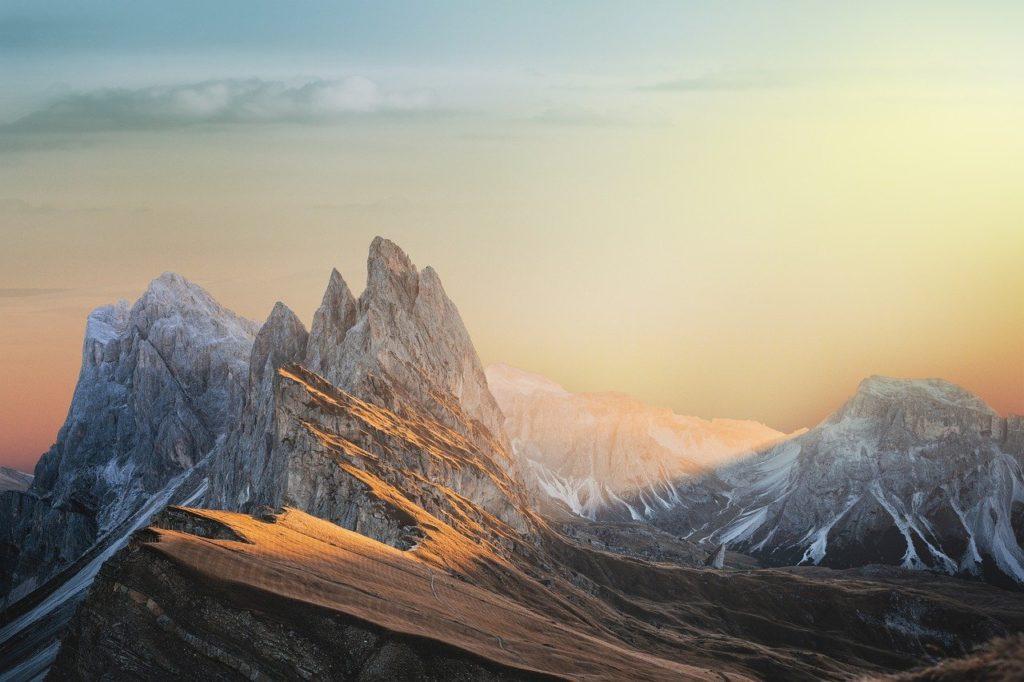 landscape-mountains-sky-4843193.jpg